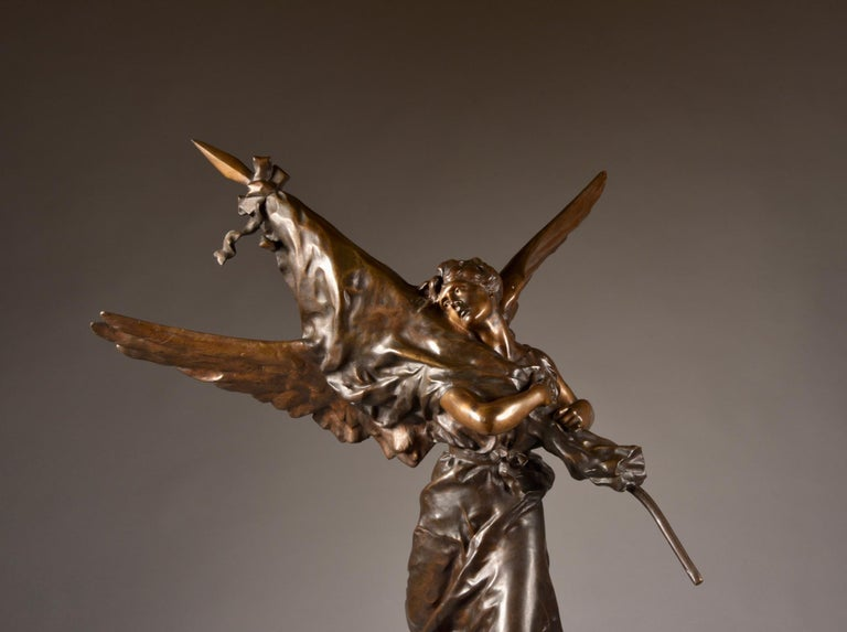 Very impressive /large ( 97cm) statue, E. Hannaux (1885-1934), 'Love of the Flag For Sale 1