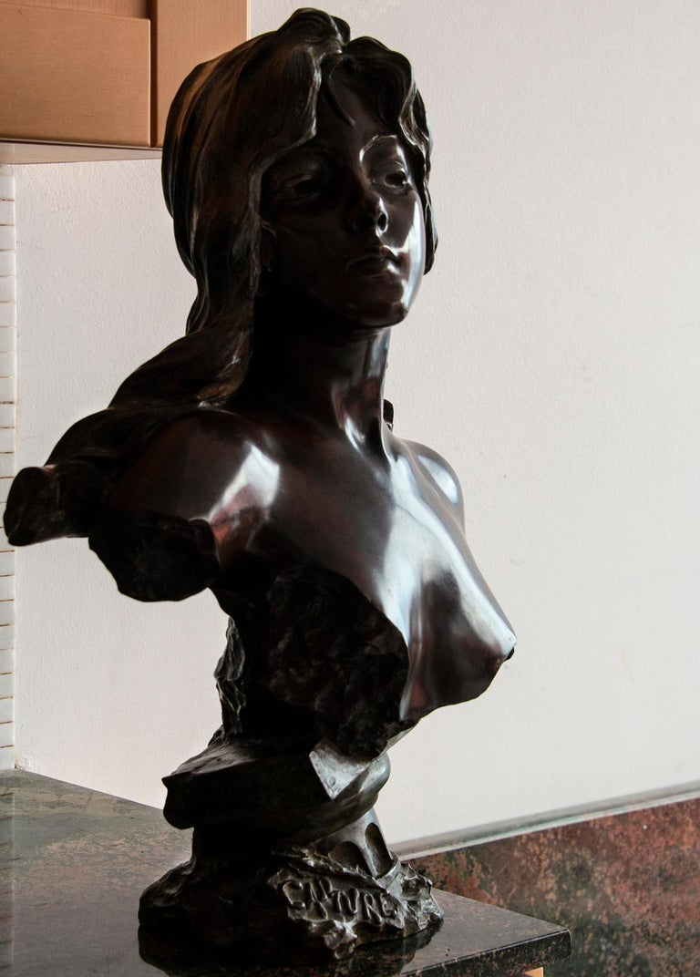 Capture - Slave Girl Bronze For Sale 13