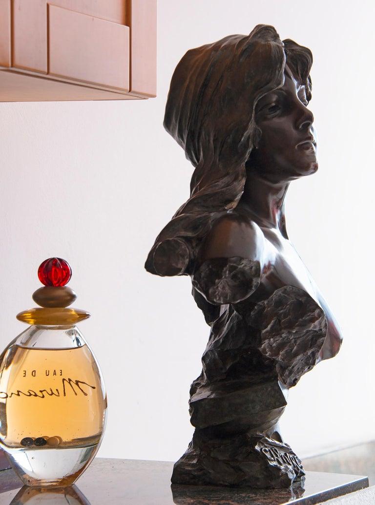 Capture - Slave Girl Bronze For Sale 14