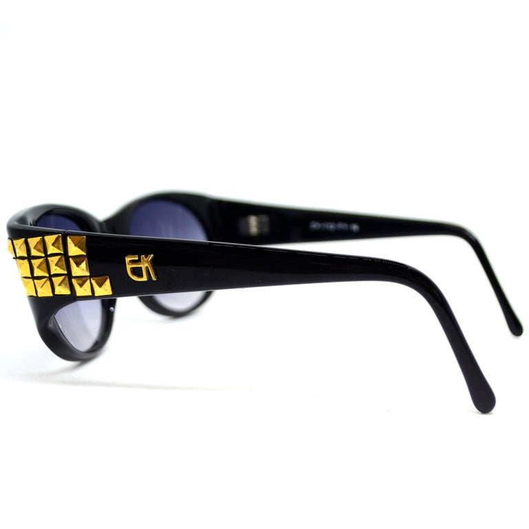 Emmanuelle Khanh 1980s Vintage Black Sunglasses With Gold 3d Squares In Excellent Condition For Sale In Portland, OR