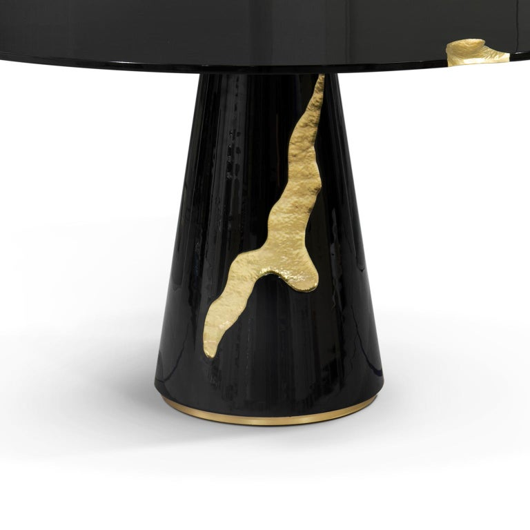 Portuguese Empire Round Dining Table in Black Lacquer For Sale