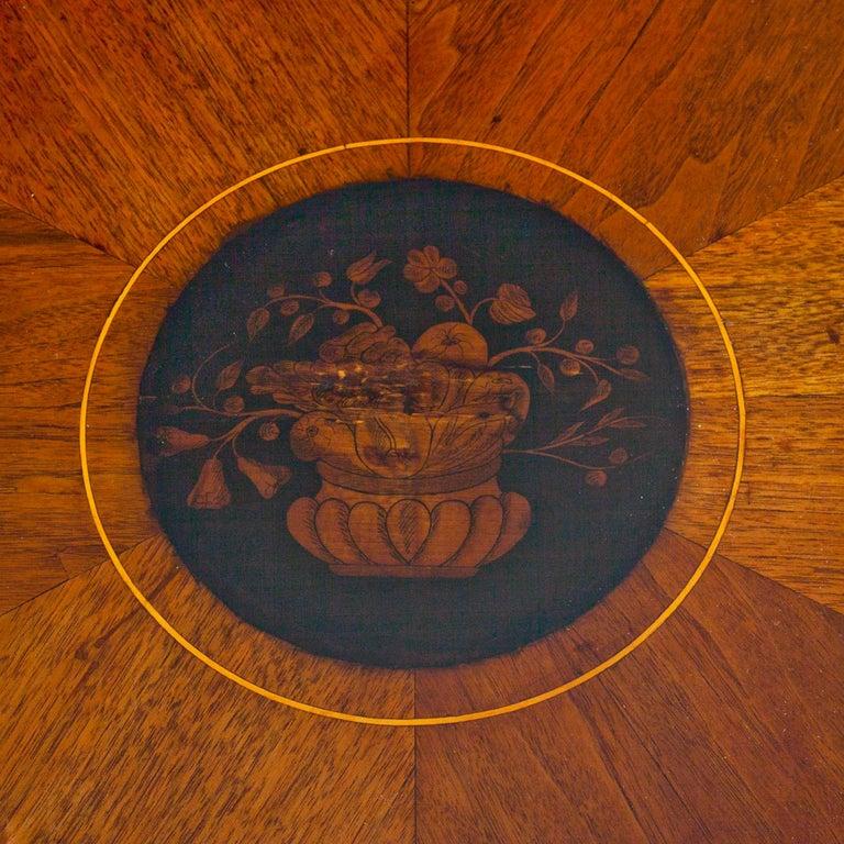 Empire Salon Table, Vienna, circa 1810 In Good Condition For Sale In Greding, DE