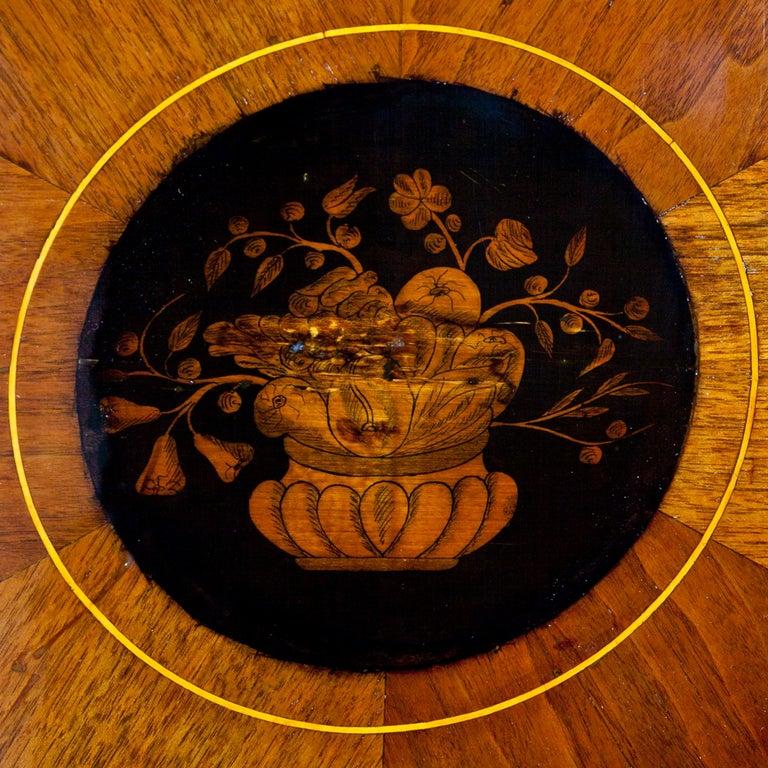 Empire Salon Table, Vienna, circa 1810 For Sale 3