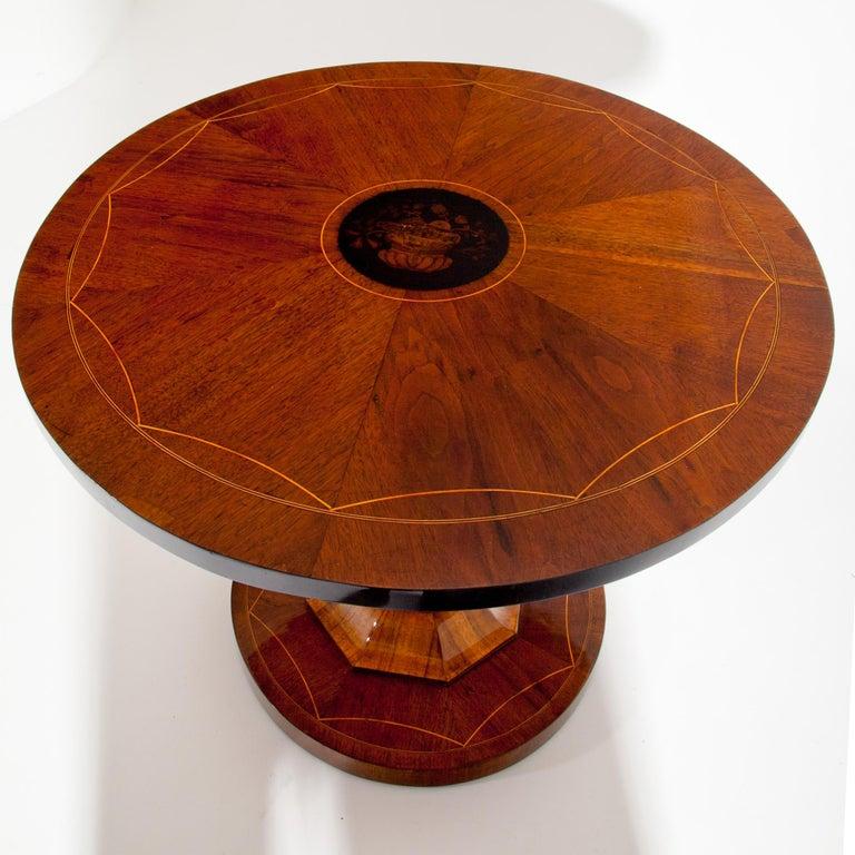 Empire Salon Table, Vienna, circa 1810 For Sale 4