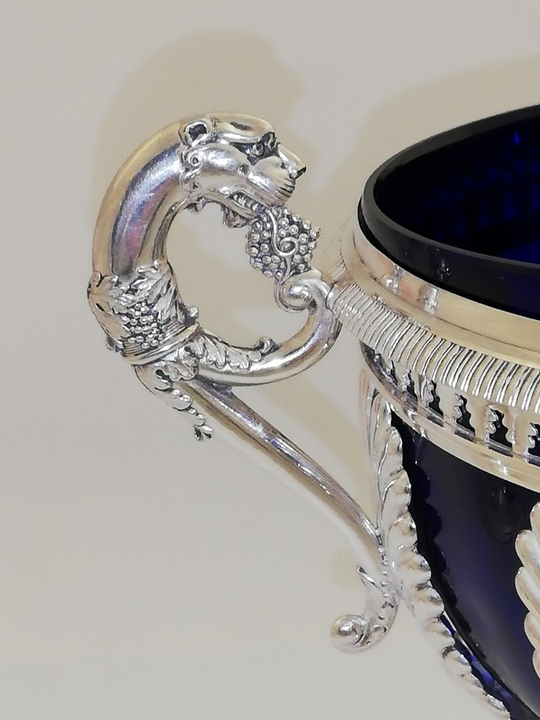Empire Sterling Silver Sugar Vase In Fair Condition For Sale In Vienna, Vienna