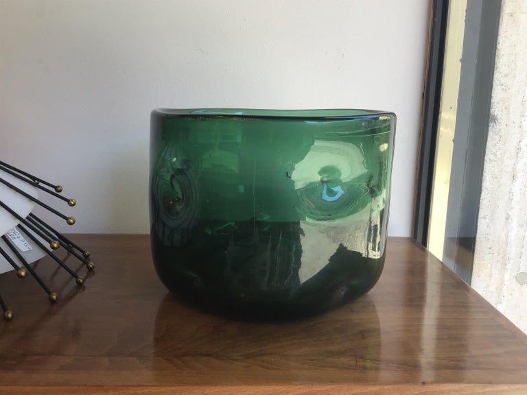 Empoli Vase Blown Glass Green, 1955, Italy For Sale 4