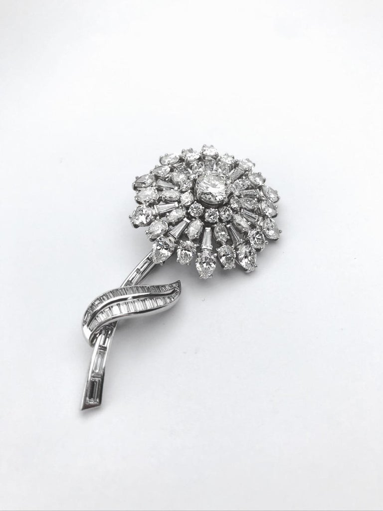 Women's or Men's En Tremblant Platinum 16.00 Carat Diamond Flower Brooch For Sale