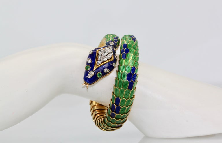 Enamel Articulated Snake Serpent Bracelet Diamond Head 18 Karat For Sale 3