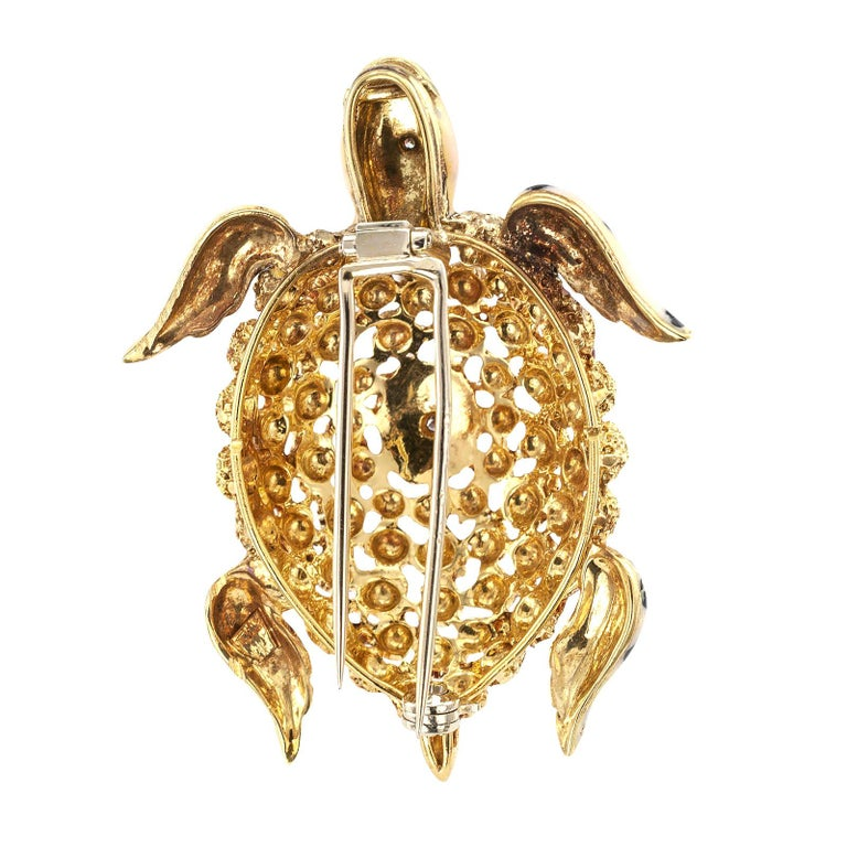 Round Cut Enamel Diamond Gold Sea Turtle Brooch For Sale