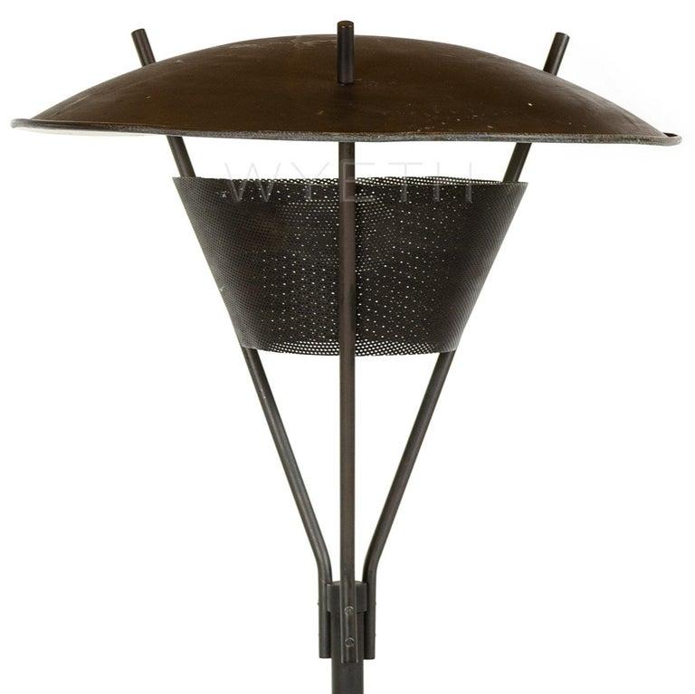 Mid-Century Modern Enameled Floor Lamp by Gerald Thurston for Lightolier For Sale
