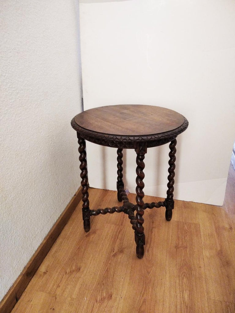 Large End Table Barley Twist Legs, Spain, 19th Century In Good Condition For Sale In Mombuey, Zamora