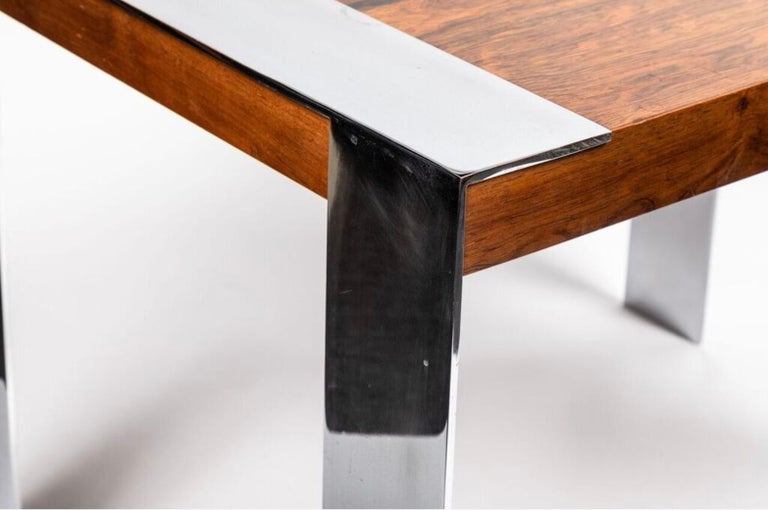 Late 20th Century End Table in the Style of Milo Baughman For Sale