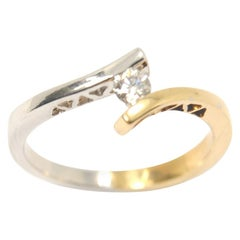 Engagement Ring 0.15 Carat Twist Model in White and Yellow 18 Karat Gold