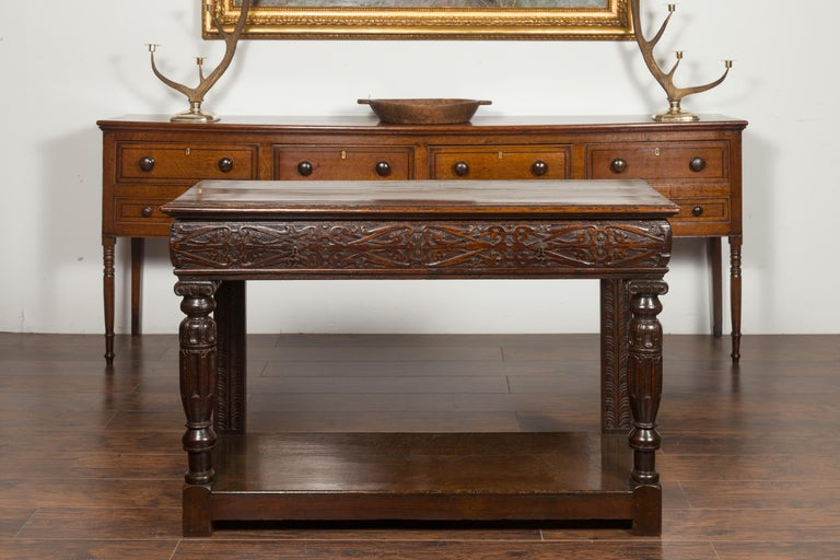 English 1800s George III Oak Console Table with Carved Drawer and Ionic Capitals For Sale 1