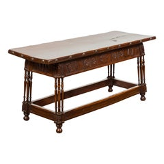 English 1820s Georgian Period Walnut Bench with Lift Top and Cross Motifs