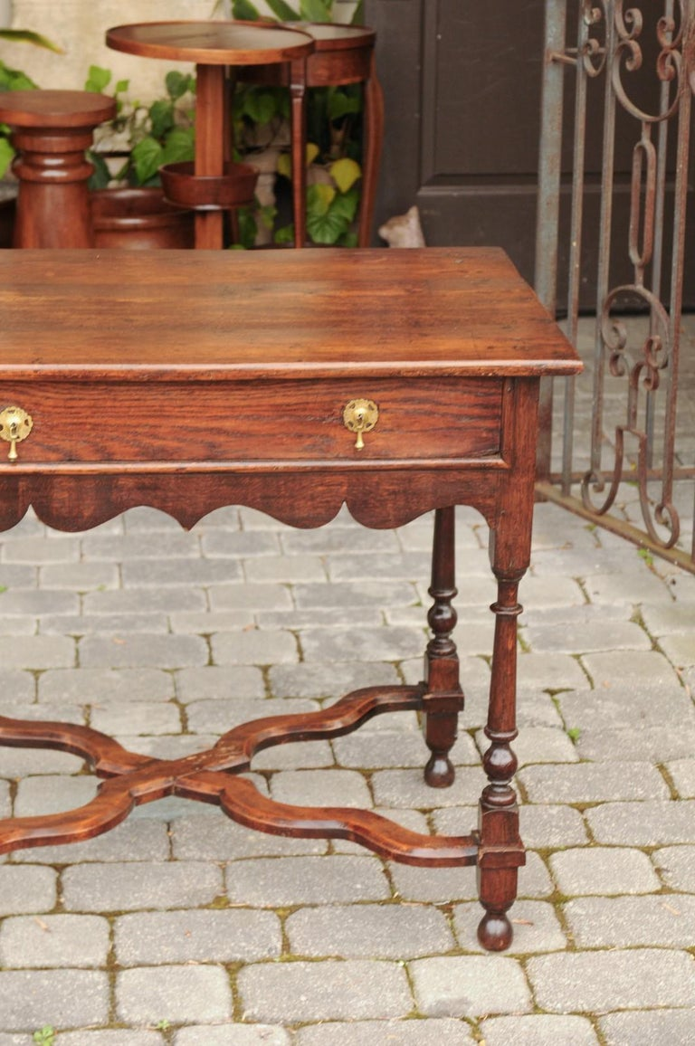 English 1840s Oak Side Table with Turned Legs and Curving X-Form Cross Stretcher 8