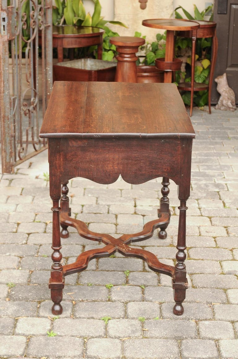 English 1840s Oak Side Table with Turned Legs and Curving X-Form Cross Stretcher 3