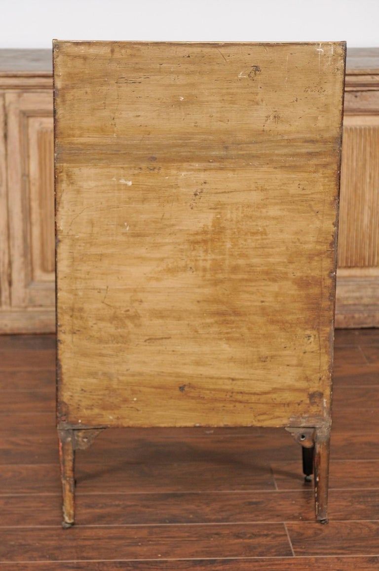 Wood English 1850s Faux-Painted Waterfall Bookcase with Gilt Accents and Tapered Legs For Sale