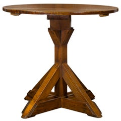 English 1860s Oak and Pine Circular Top Side Table with Sawbuck Base