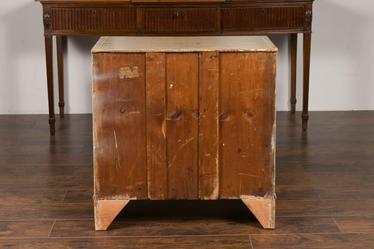 English 1860s Painted Chinoiserie Four-Drawer Chest with Ogee Bracket Feet For Sale 2