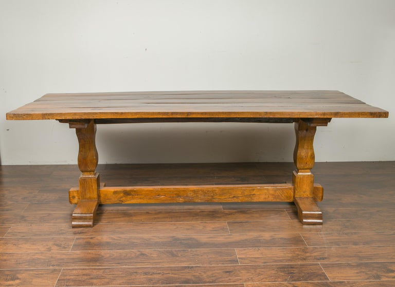 English 1870s Elm and Walnut Farm Table with Trestle Base and Baluster Legs For Sale 4