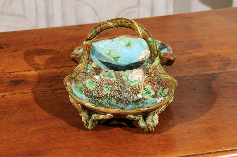 English 1870s George Jones Brown, Green and Turquoise Majolica Strawberry Basket For Sale 5