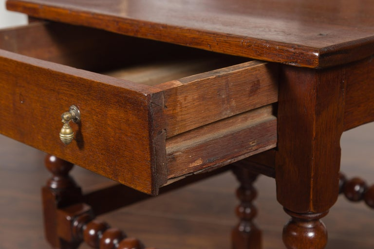 English 1870s Oak Bobbin Leg Side Table with Single Drawer and Stretchers For Sale 6