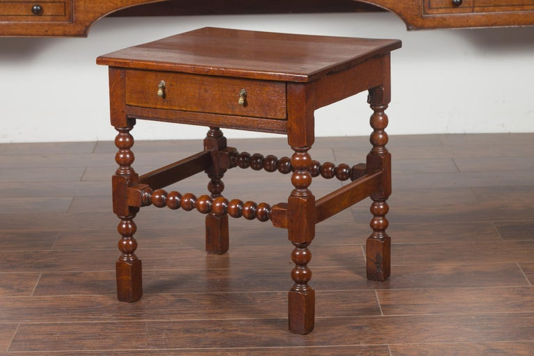English 1870s Oak Bobbin Leg Side Table with Single Drawer and Stretchers In Good Condition For Sale In Atlanta, GA