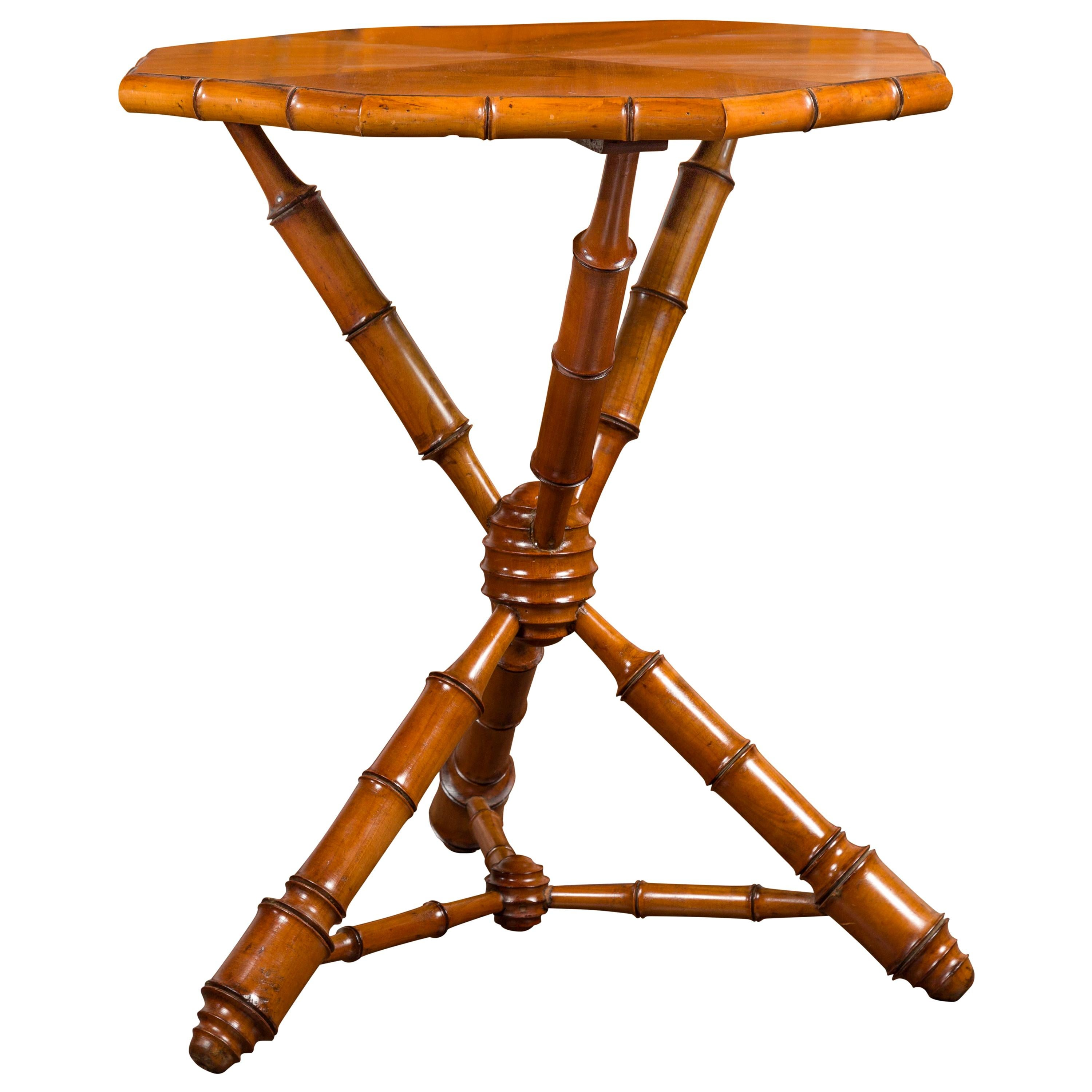 English 1880s Walnut Side Table with Octagonal Top and Faux-Bamboo Tripod Base