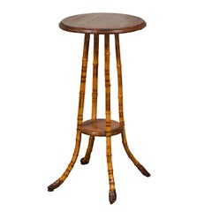 English 1890s Bamboo Side Table with Circular Wooden Top and Lower Shelf