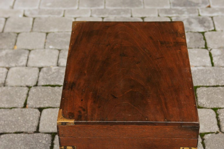 English 1890s Campaign Mahogany Cellarette with Brass Accents and Bracket Feet 12