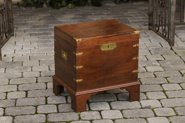 English 1890s Campaign Mahogany Cellarette with Brass Accents and Bracket Feet 2
