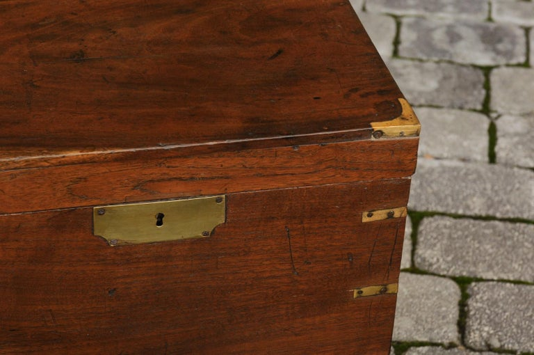 English 1890s Campaign Mahogany Cellarette with Brass Accents and Bracket Feet 5