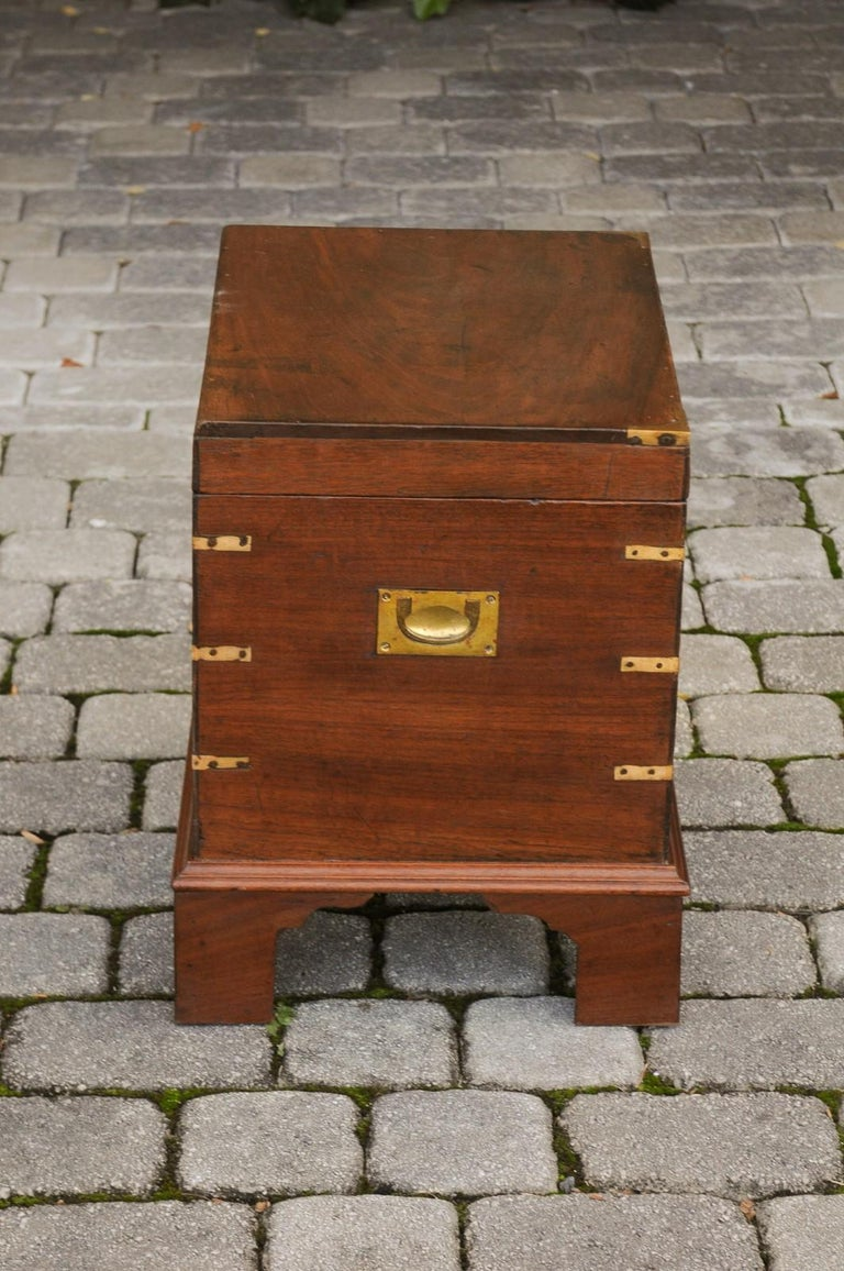 English 1890s Campaign Mahogany Cellarette with Brass Accents and Bracket Feet 9