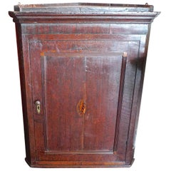 English 18th Century Oak Corner Wall Cabinet with Small Inlay and Two Shelves