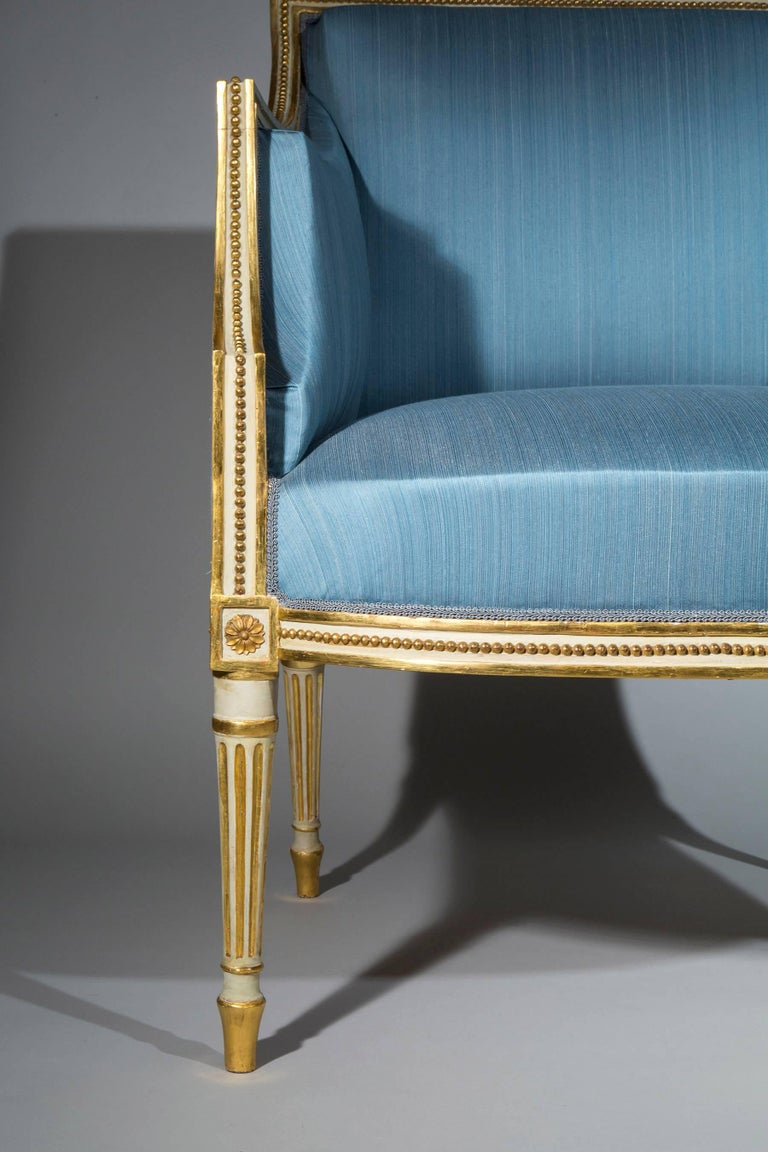 18th Century Neoclassical Pair of Cream Painted and Gilt Armchairs In Good Condition For Sale In London, GB