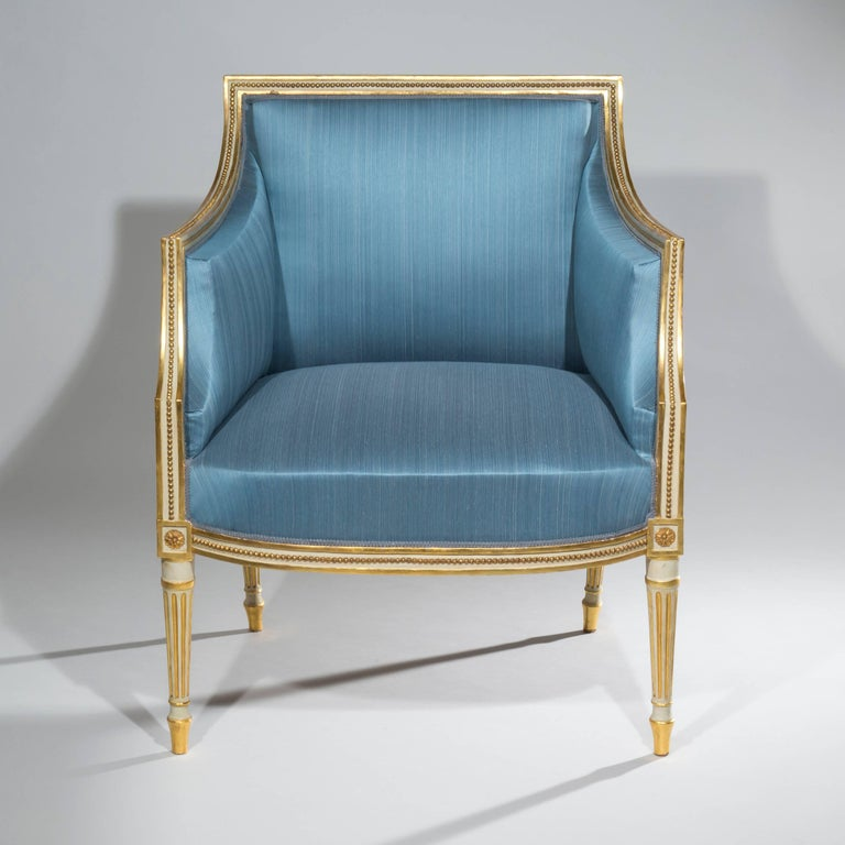 18th Century Neoclassical Pair of Cream Painted and Gilt Armchairs For Sale 2