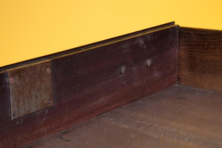 English 18th Century Small Georgian Mahogany Chest of Drawers For Sale 5