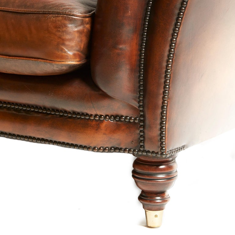 English 19th Century Style Chesterfield Sofa For Sale 4