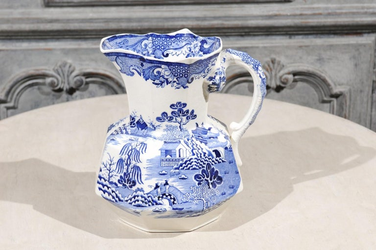 English 19th Century Blue and White Mason's Patent Ironstone Octagonal Pitcher For Sale 3