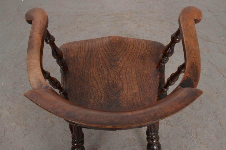 English 19th Century Oak Captain's Chair For Sale 4