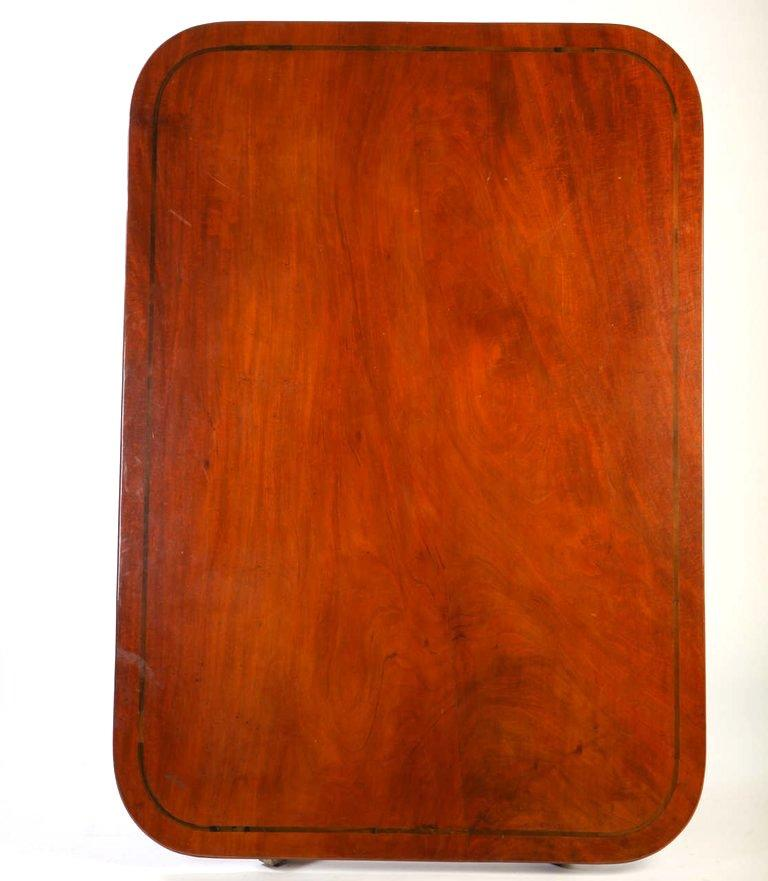 English 19th Century Regency Mahogany Breakfast Table For Sale 1