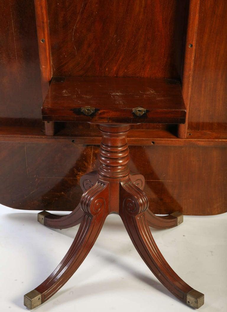 English 19th Century Regency Mahogany Breakfast Table For Sale 2