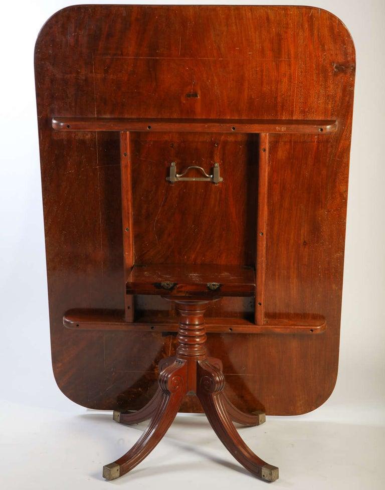 English 19th Century Regency Mahogany Breakfast Table For Sale 4