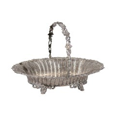 English 19th Century Silver Plated Pierced Bread Basket with Vine and Foliage