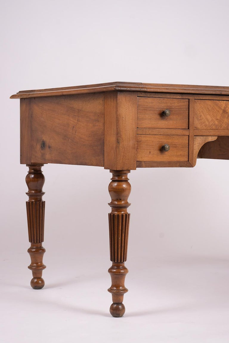 Brass English 19th Century Walnut Desk For Sale