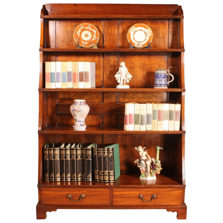English 19th Century Waterfall Bookcase in Mahogany For Sale