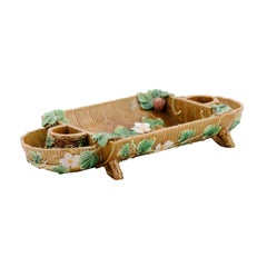 English 19th George Jones Majolica Serving Tray with Strawberries and Flowers