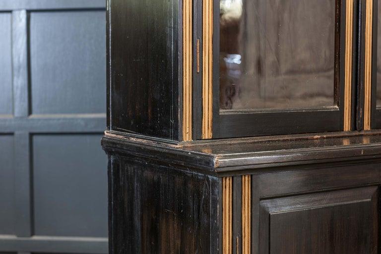 English 19th Century Ebonized Glazed Bookcase In Good Condition For Sale In Harrogate, GB