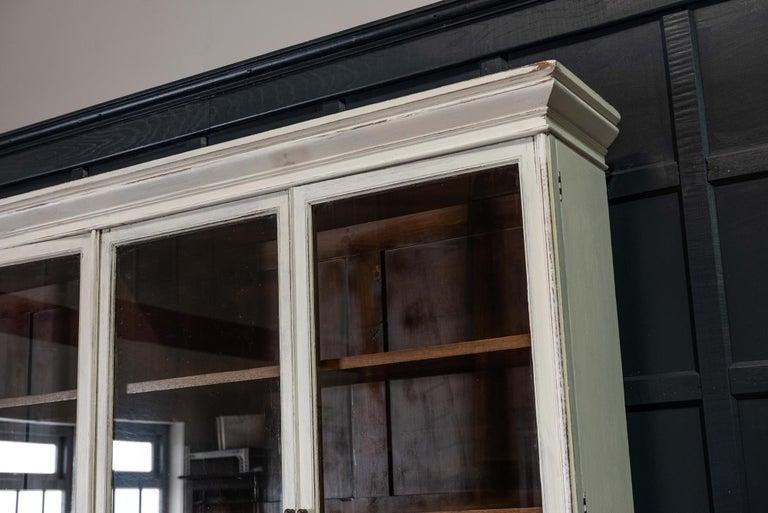 English 19th Century Large Oak Painted Glazed Bookcase For Sale 3